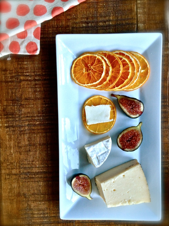 Simple + Crisp Crackers with Cheese + Figs // Simply Real Health